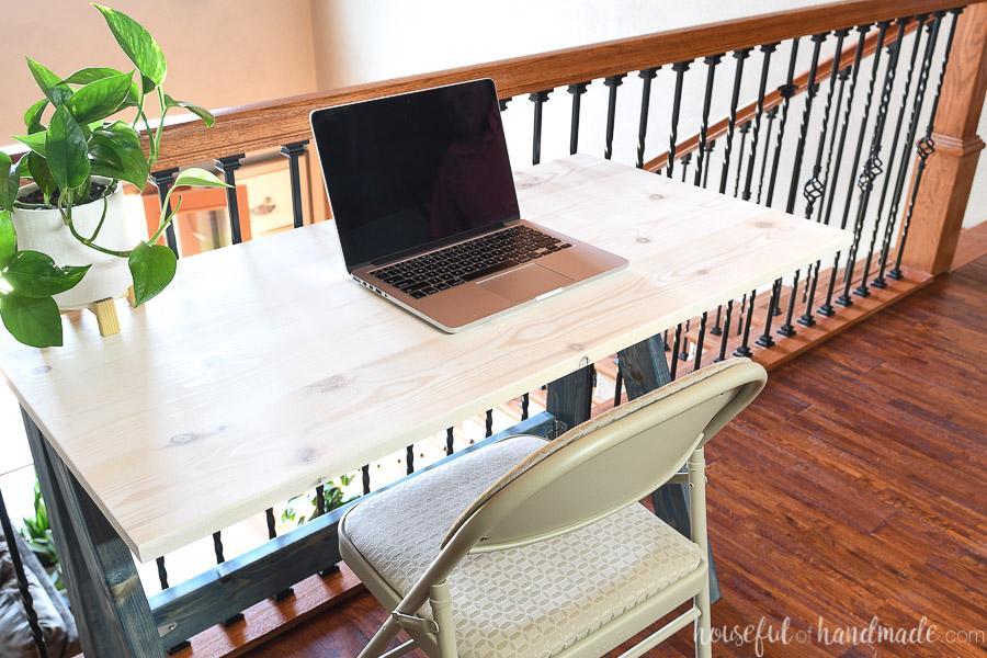 easy-folding-desk-2