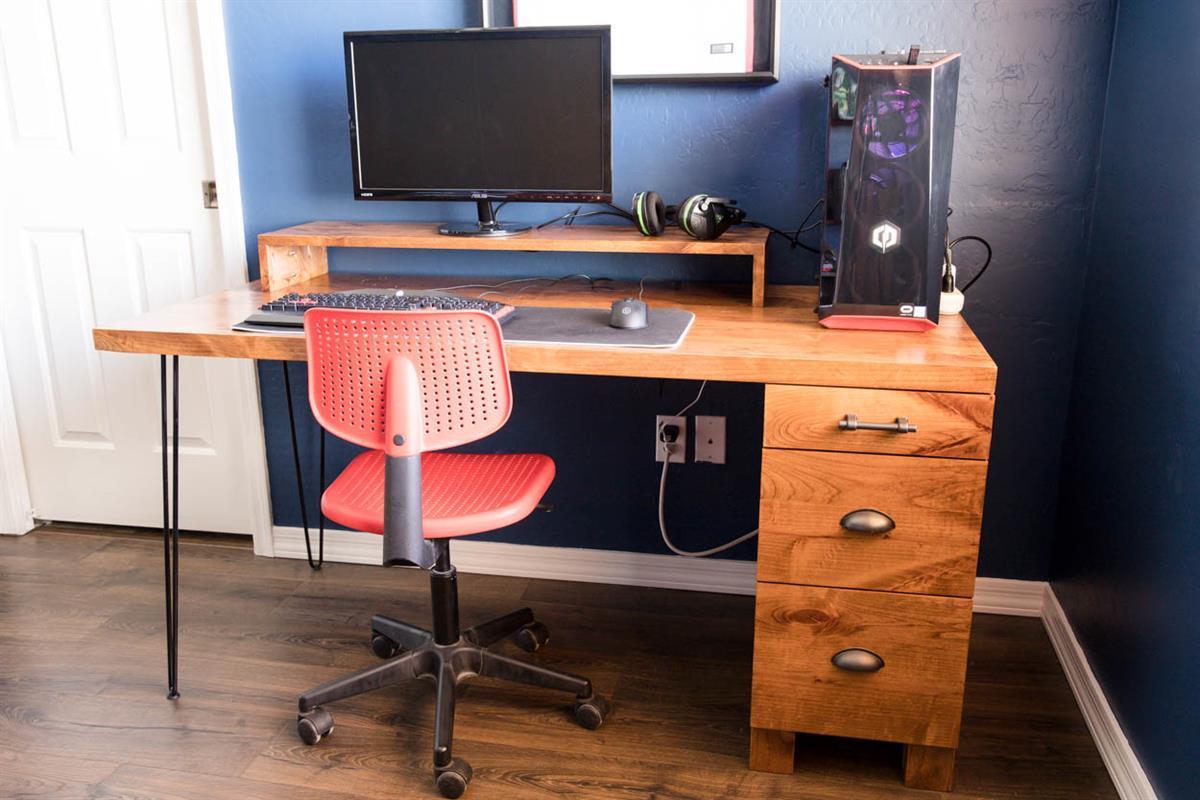gaming-computer-desk-3698