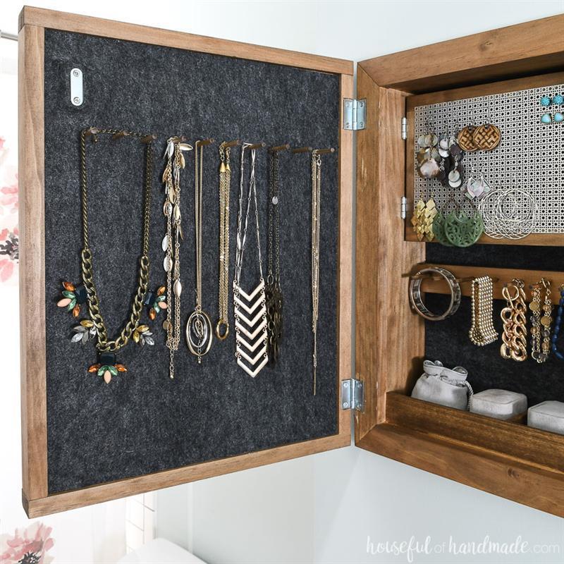 hidden-jewelry-cabinet-2