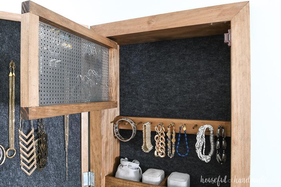 hidden-jewelry-cabinet-4
