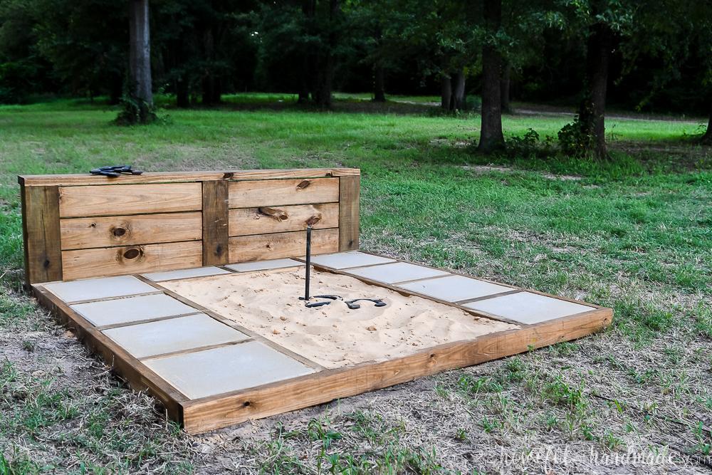 horseshoe-pit-buildsomething-4
