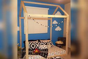 House Bed (twin mattress)