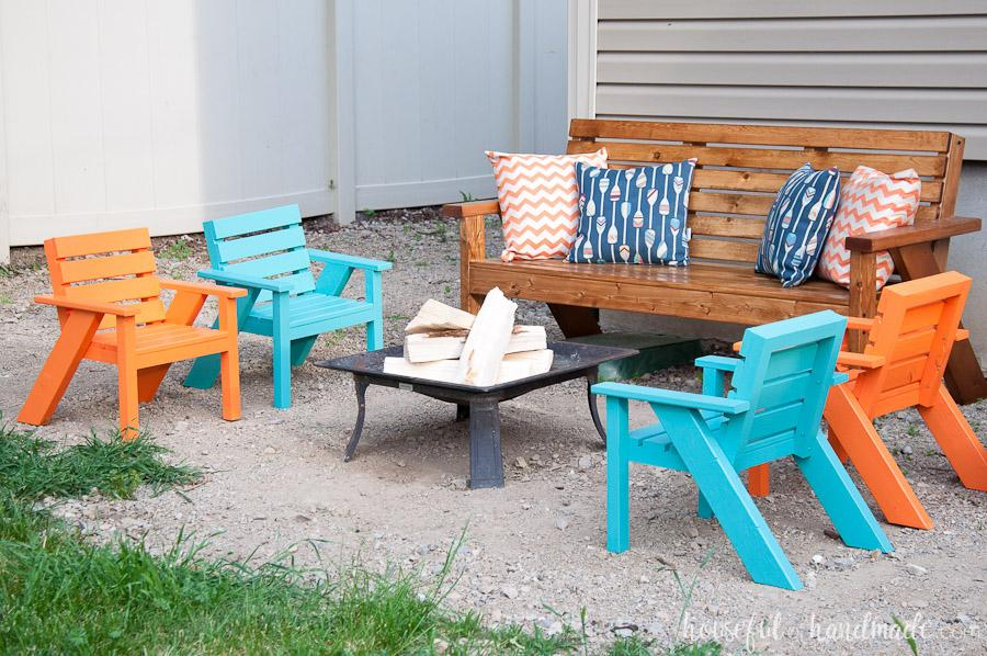 kids-slatted-outdoor-chairs-5