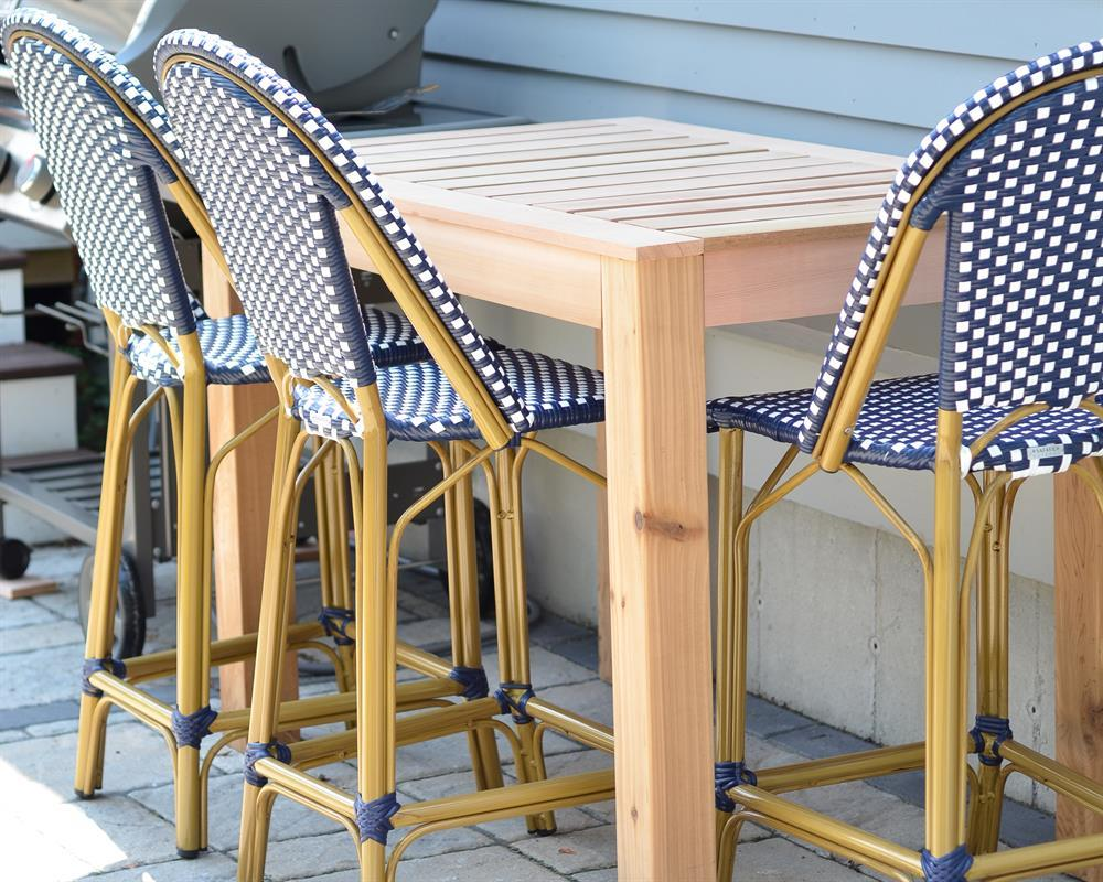 kreg-diy-outdoor-bar-table-2