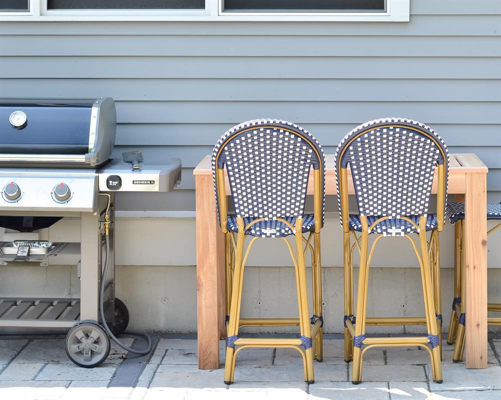 kreg-diy-outdoor-bar-table-4
