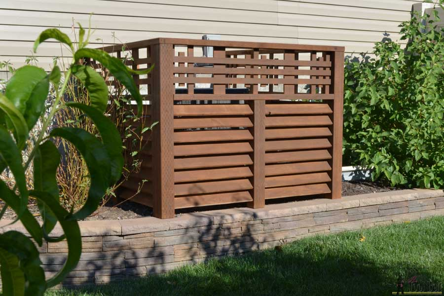 louvered-wood-screen-outdoor-equipment