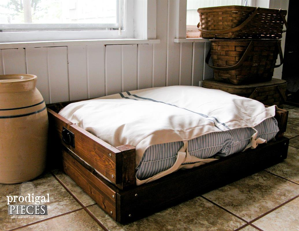 rustic-pet-bed