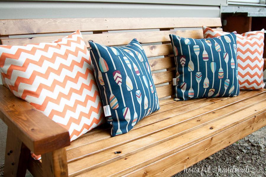 slatted-outdoor-sofa-2
