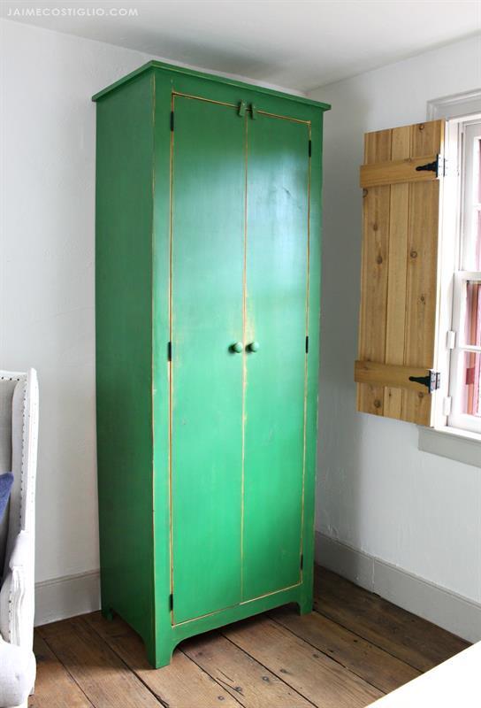 tall-cupboard-1