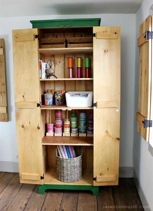 tall-cupboard-interior-1