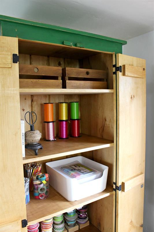 tall-cupboard-interior-2