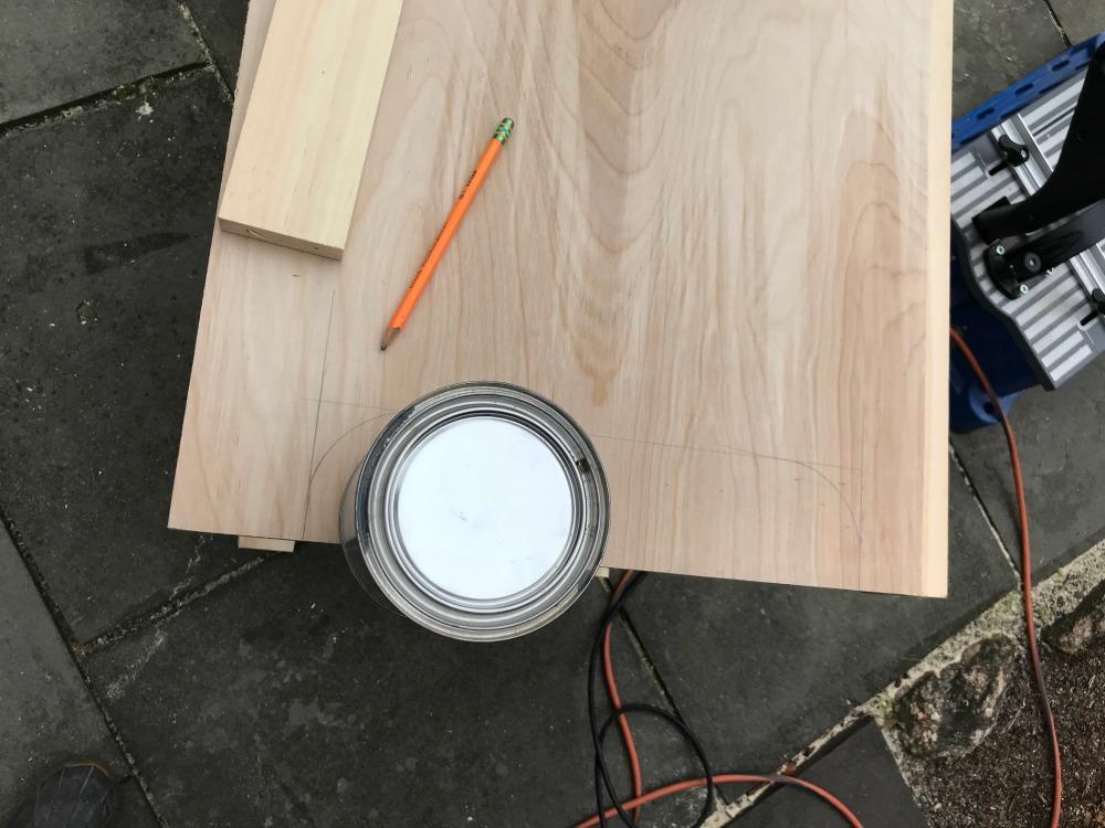 tall-cupboard-marking-curve