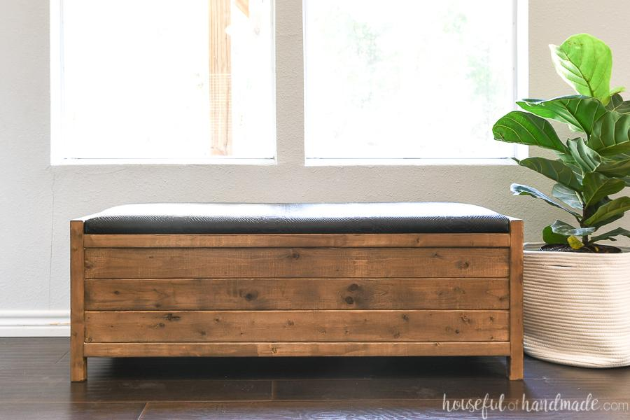 upholstered-storage-bench-buildsomething-1
