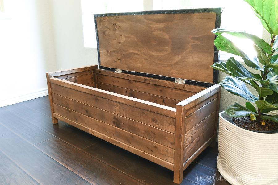 upholstered-storage-bench-buildsomething-3