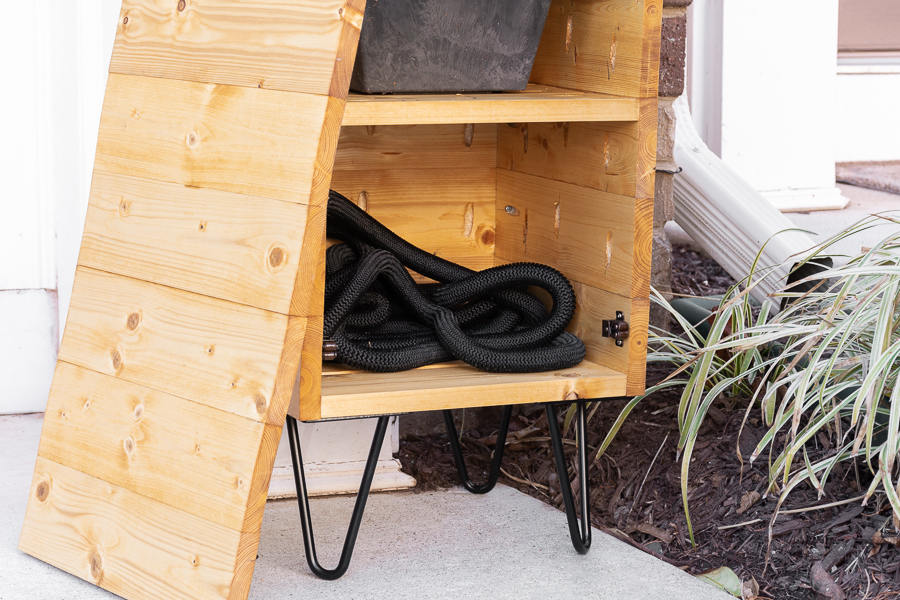 porch-planter-hose-storage-4